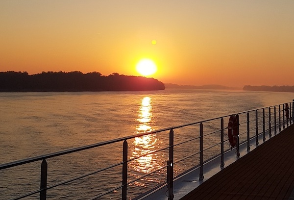 #MondayMotivation - Un Crucero Por el Rio Danubio